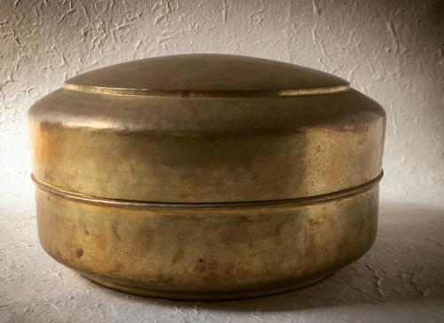 Goetz Hagmueller hand-beaten brass roti pot
